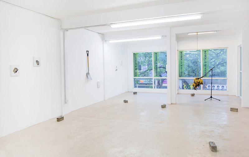 Installation view, Forma x forma, forman conforman at Roberto Paradise, Karlo Andrei Ibarra